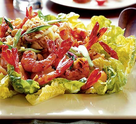 Green mango salad with prawns