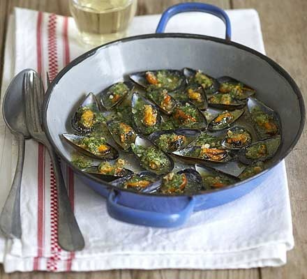 Crunchy baked mussels
