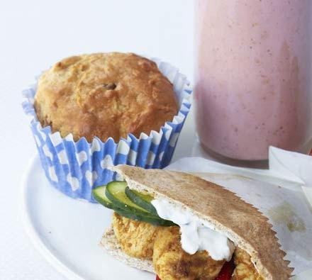 Apple & sultana muffins