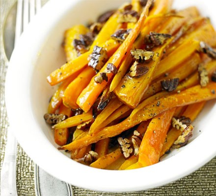 Maple & pecan carrots