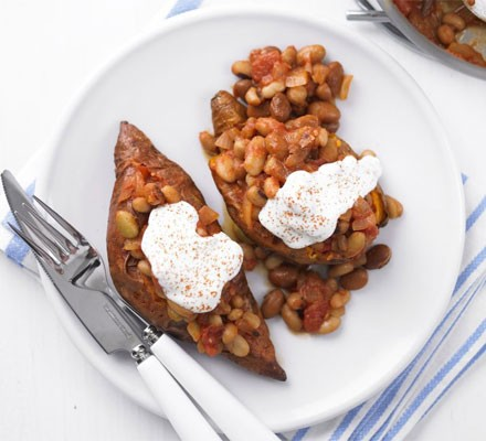 Baked sweet potatoes & beans