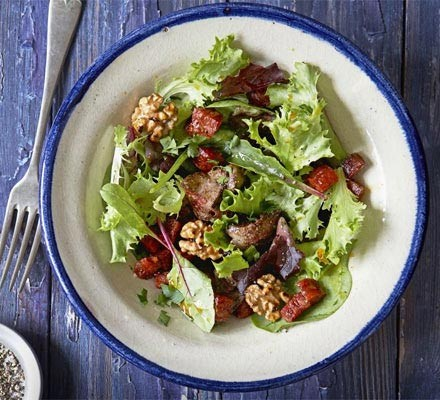 Chicken liver & chorizo salad