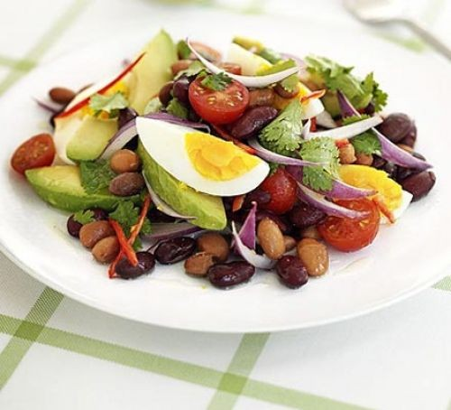 Mexican bean salad with avocado and hard boiled egg