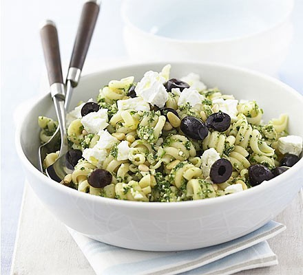 Spinach pesto pasta with olives