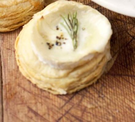 Goat's cheese & rosemary tarts