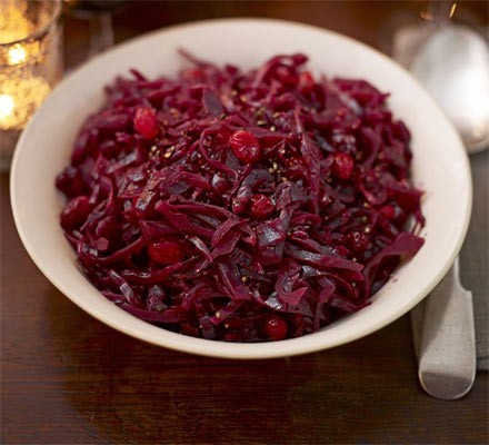 Red cabbage with balsamic vinegar & cranberries
