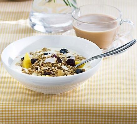 Tropical muesli bowls