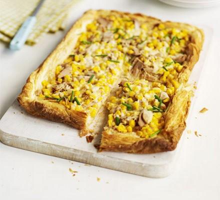 Tuna & sweetcorn slice