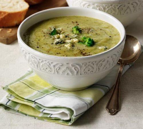 Broccoli & stilton soup in a bowl