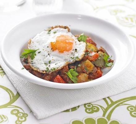 Potato, pepper & chorizo stew with fried eggs