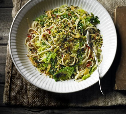 Garlicky linguine with cabbage & anchovy