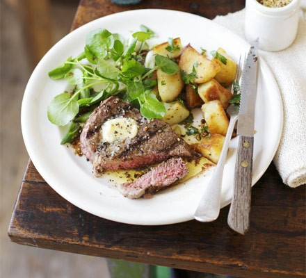Peppered fillet steak with parsley potatoes
