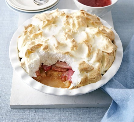 Rhubarb & ginger queen of puddings