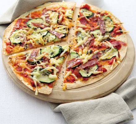 Hot salami & courgette flatbread