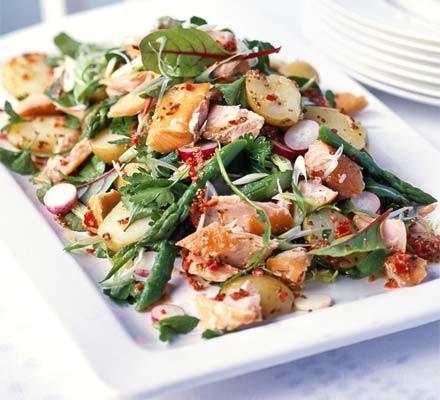 Hot-smoked salmon salad with a chilli lemon dressing