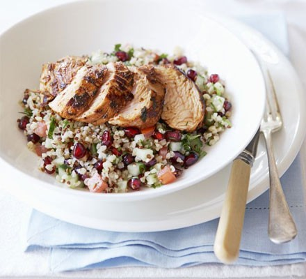 Spiced turkey with bulgur & pomegranate salad