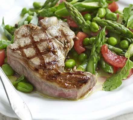 Warm salad of spring vegetables with griddled lamb
