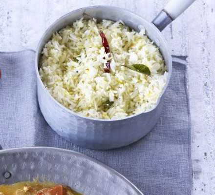 Spiced rice in a pan