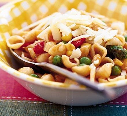 Minestrone pasta pot