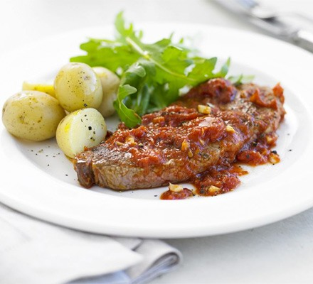 Sirloin steaks with pizzaiola sauce