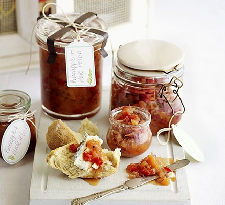 Pineapple & date relish