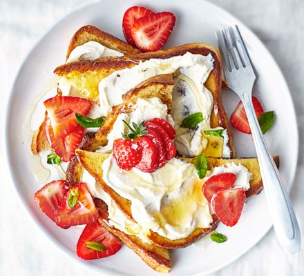 Ricotta strawberry French toast