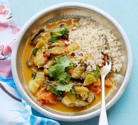 Roast aubergine & coconut curry