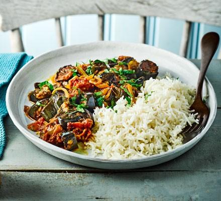 Roasted aubergine & tomato curry