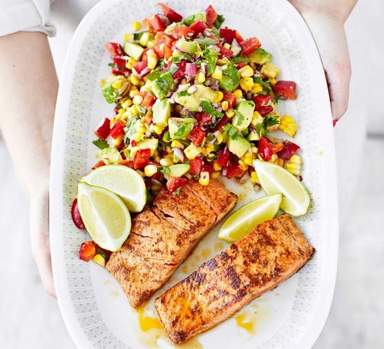 Wild salmon with corn & pepper salsa salad