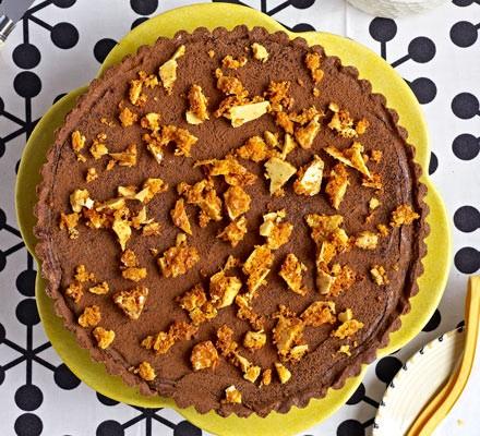 Salted honey fudge & chocolate tart