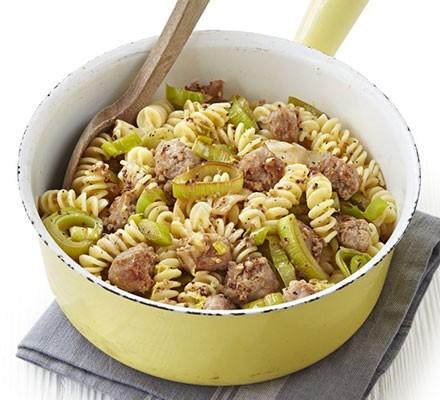 Sausage, leek & fennel pasta