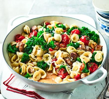 Sausage, kale & chilli pasta