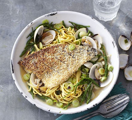 Sesame-crusted fish with samphire & clams