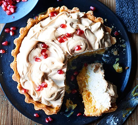 Seville meringue pie with pomegranate