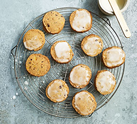 Spiced lemon & ginger biscuits on a wire cooling rack