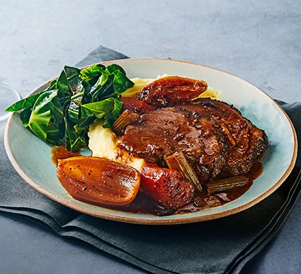 Slow Cooker Beef Topside With Red Wine Gravy Recipe Bbc Good Food