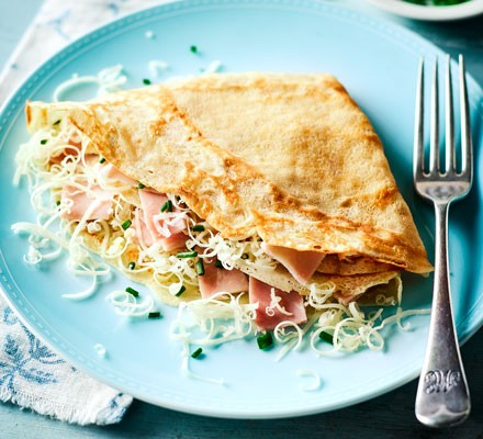 Smoked ham & cheese pancakes