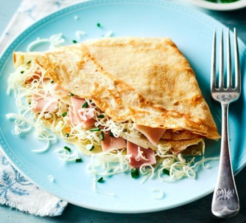 Ham and cheese crêpe on plate