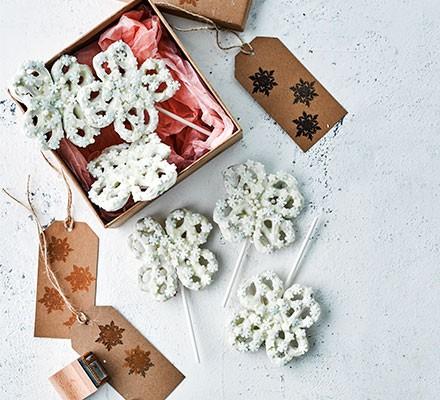 Snowflake pretzels in a gift box