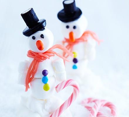 Jolly marshmallow snowmen