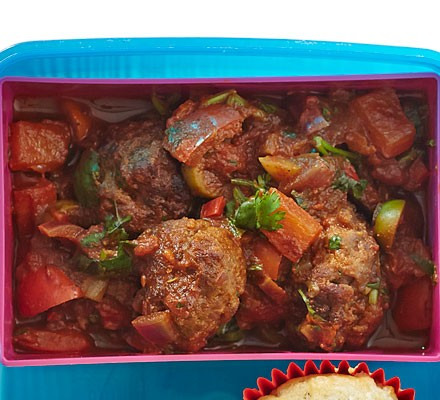 Spicy merguez & couscous pot