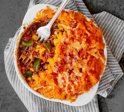 Spicy pies with sweet potato mash