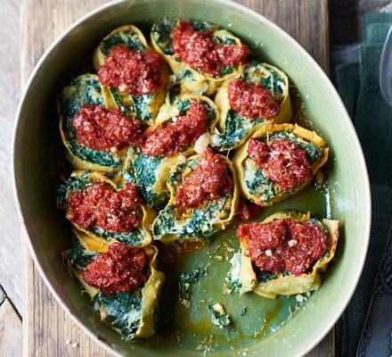 Spinach & ricotta rotolo