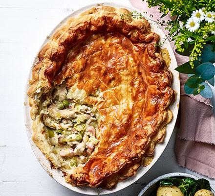 Spring chicken pot pie served in a pie dish