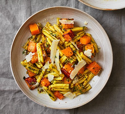 Squash & pesto pasta served in a bowl