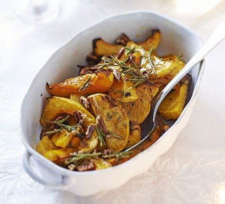Maple-roasted squash with pecans