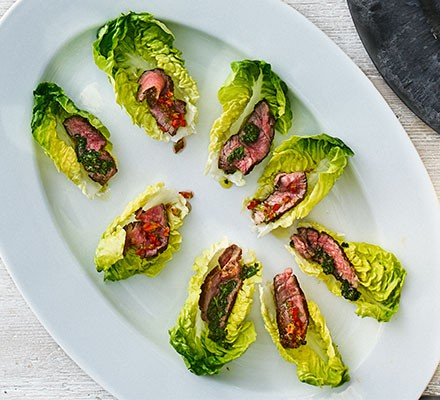 Steak lettuce cups on a plate