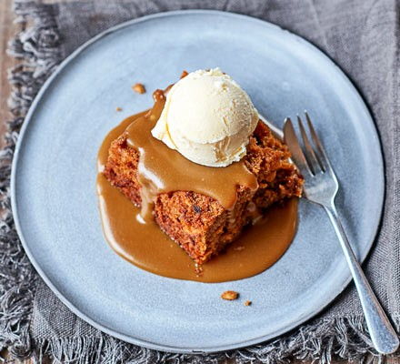 Sticky toffee parsnip pudding