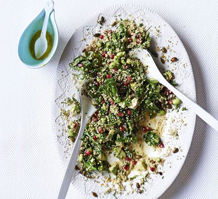 Superfood salad with citrus dressing