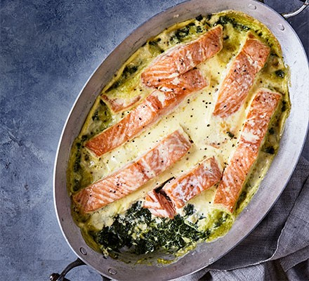 Smoked salmon & spinach gratin served in a casserole dish